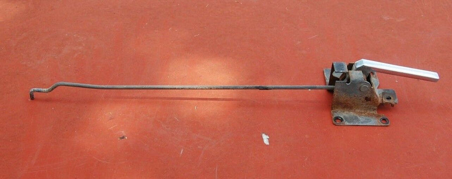 1985 Chevy Silverado GMC Right Passenger Side Door Handle Relay Rod Assembly
