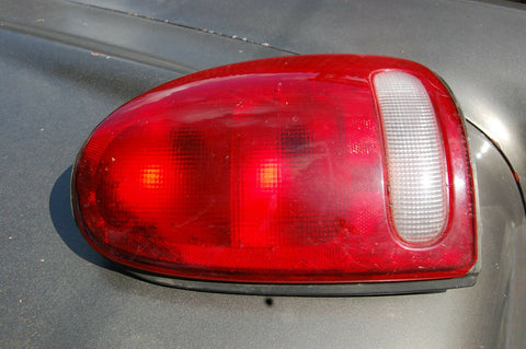 98 1998 CARAVAN #4676362 Tail Light Passenger RH