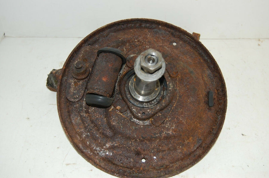 1968 FORD TORINO Driver side Front Spindle & Hub 1969 FAIRLINE Monteago