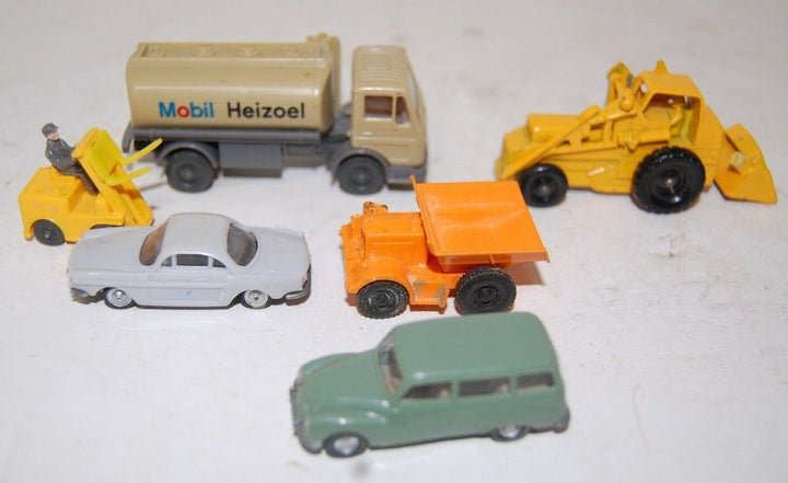 MIXED LOT OF 6 GERMAN/ ENGLAND MADE UNMARKED HO SCALE TOYS COLLECTIBLE CARS