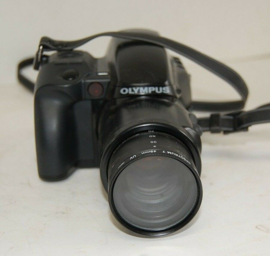 Olympus IS-1 SLR Film Camera  35MM w/ 35-135MM ED-High Lens PROMASTER SPECTRUM 7