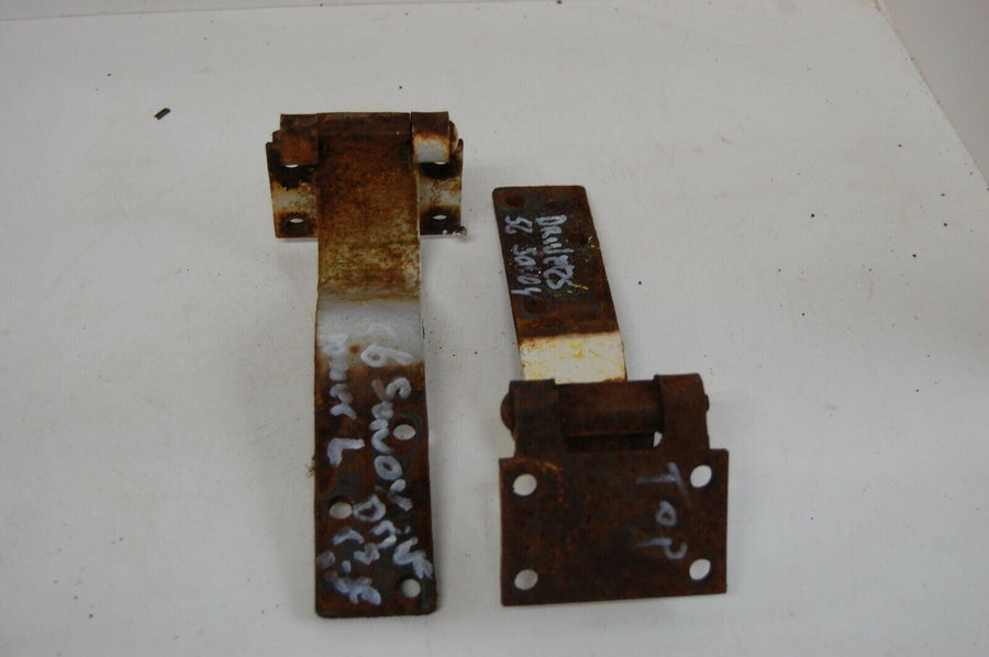 1956 PLYMOUTH SAVOY Door Hinges upper / lower LEFT side MOPAR