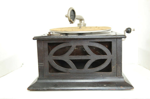 Antique Portable Wind Up Record Player / Phonograph 1905 Decorative carved wood