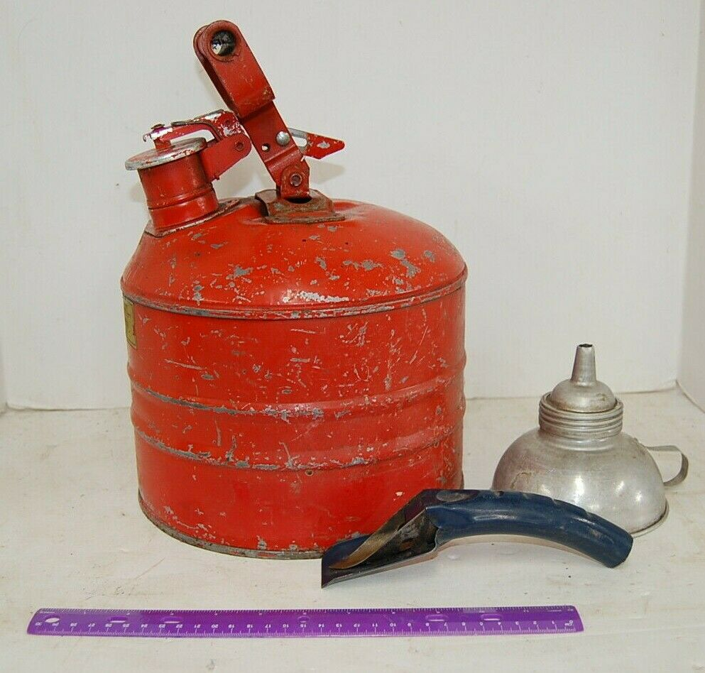 Safety Gas Can >> Underwriters Laboratories Mh 207 Vintage Safety Gas Can Red Metal Spout Funnel