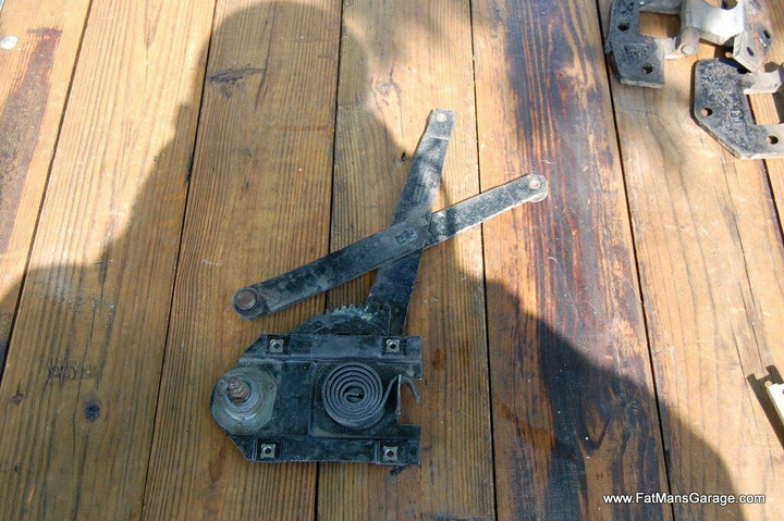 1949 Buick Super 50 & 70 Series Passenger Right Rear Window Regulator Crank