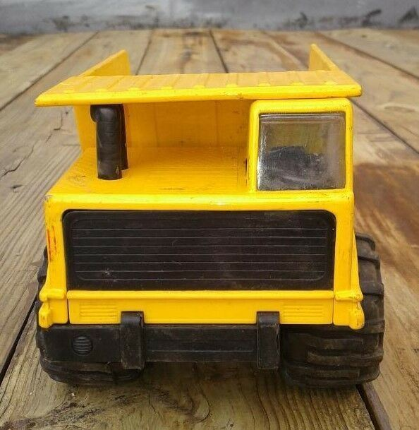 Mighty Wheels Soma Yellow 1998 Die Cast Metal Dump Truck Toys Nice