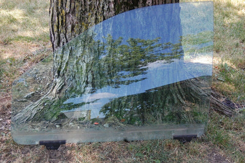 98 1998 Dodge Caravan, Front Door Window Glass driver side left