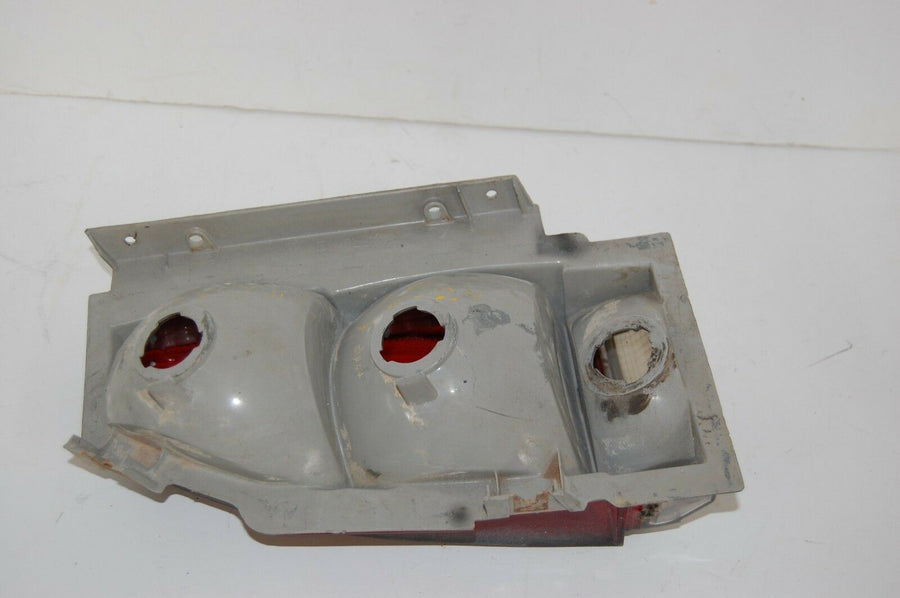 1985 Monte Carlo Right Rear Tail Light Assembly Excellent 1983 1984