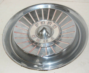 1957 FORD FAIRLANE THUNDERBIRD HUBCAP WHEEL COVER CENTER CAP VINTAGE