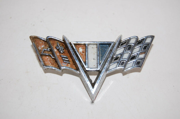 1967 CHEVROLET IMPALA V CROSS FLAG EMBLEM W/ PINS ORNAMENT CAMARO NOVA