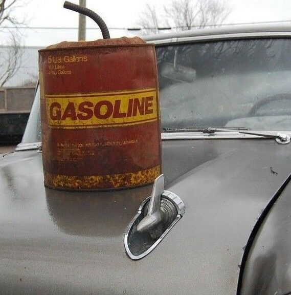 VINTAGE METAL GASOLINE CAN 5 GAL MAN CAVE GAS STATION GARAGE SHOP DECOR W/ SPOUT