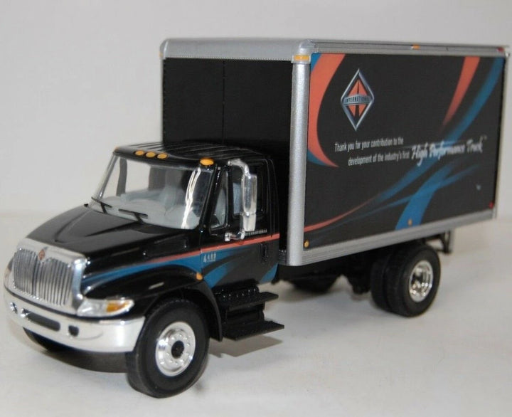 Die cast straight truck by First Gear