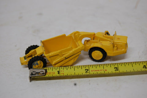 MICHIGAN 310 SCRAPER #8-69 YELLOW TRACTOR LIT'L TOY MADE IN USA COLLECTIBLE CARS