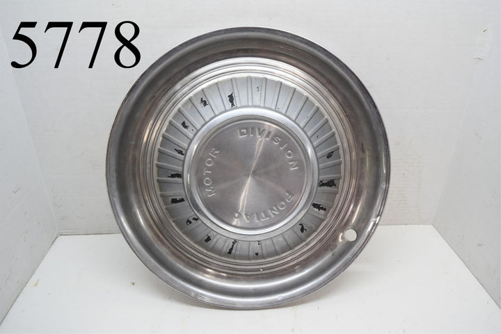 "1959 59 Pontiac Motor Division 14"" Hubcap Bonneville Catalina Star Chief Single"