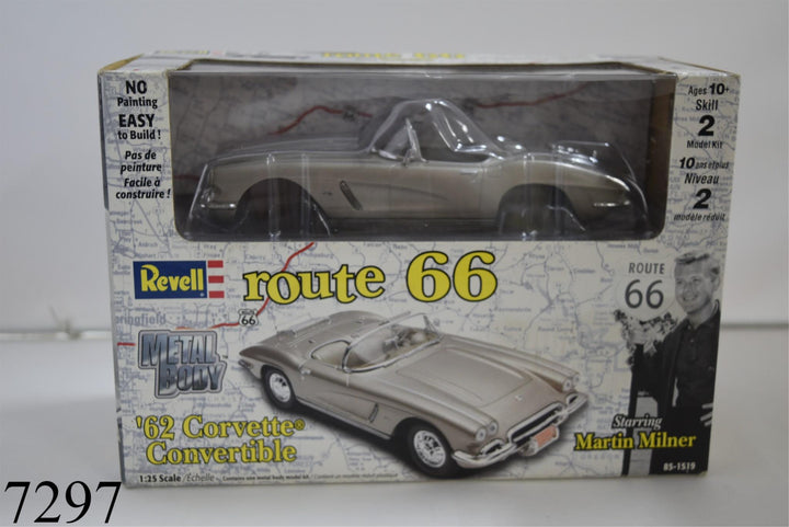 REVELL ROUTE 66 1962 CORVETTE CONVERTIBLE 1/25 Toys In Original Sealed Packaging
