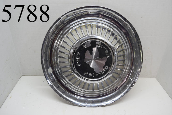 "1959 Pontiac Motor Division 14"" Hubcap Bonneville Catalina Star Chief Single"