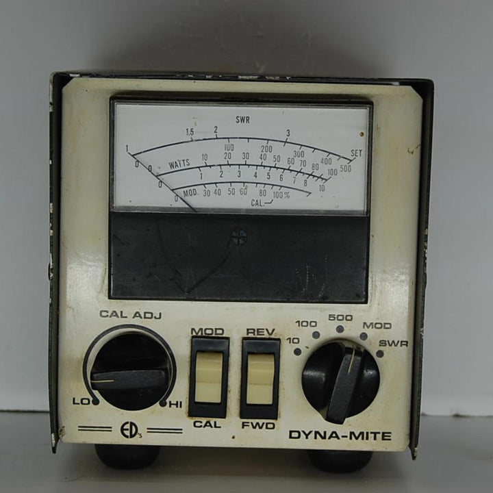 Vintage DYNA-MITE Short Wave Radio with Wattage Meter
