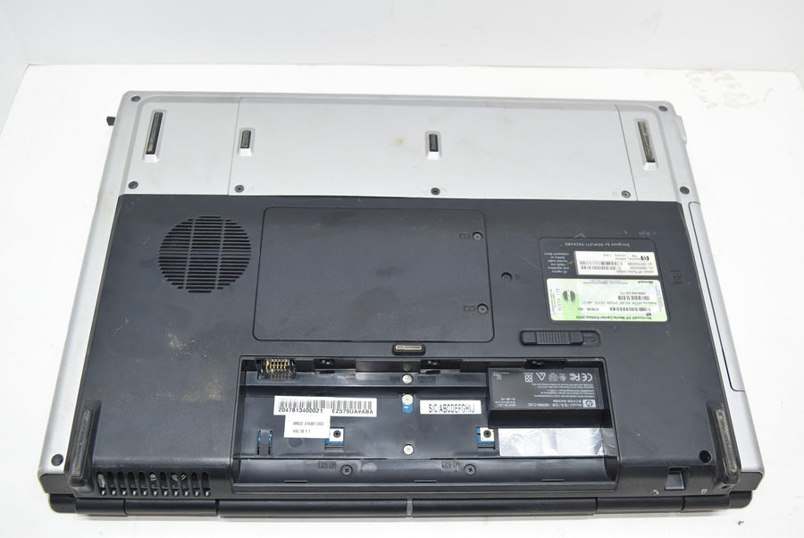 HP Pavilion DV8000 Laptop For Parts or Repairs Missing Battery