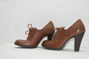 Vintage White Mountain Lace Up Booties Heels Brown Oxford Saddle Shoes Size 6