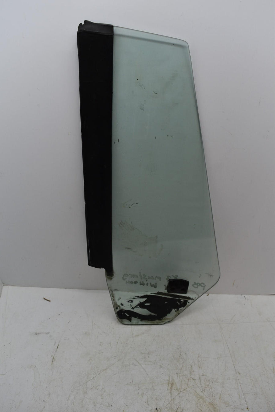 1983-1993 Ford Mustang Convertible Rear RH Quarter Panel Window Glass OEM