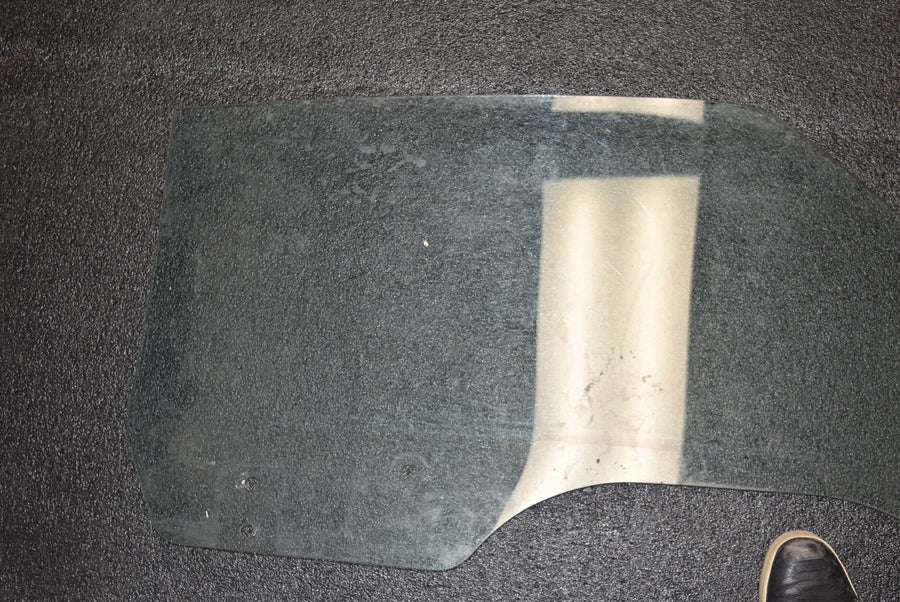 1969 1970 Ford Mustang Fastback LH Door Glass Driver Window