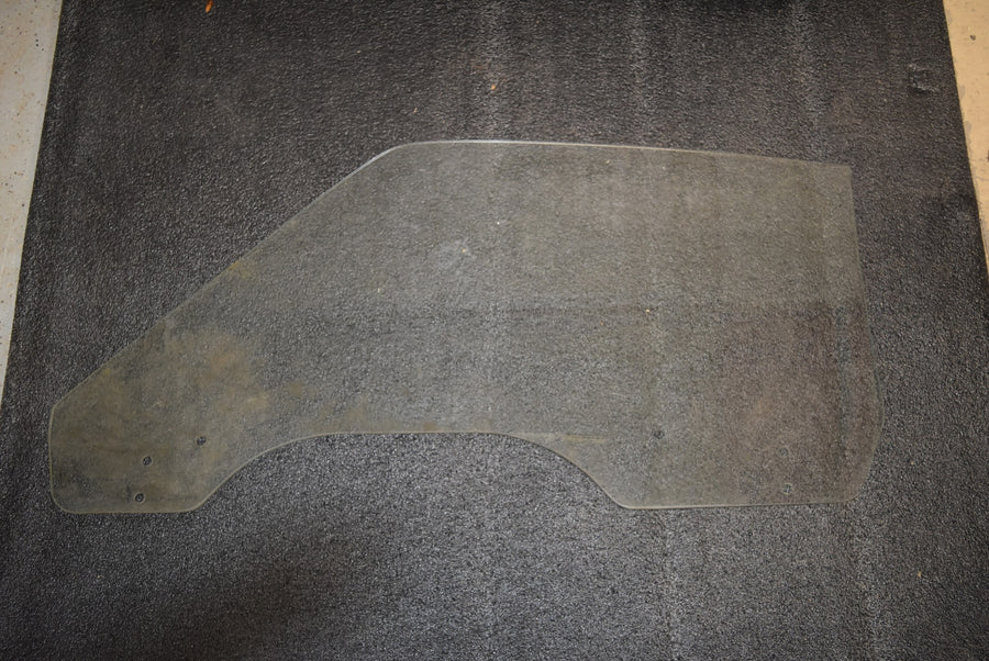1969 1970 Ford Mustang Fastback Clear RH Door Glass Passenger Window