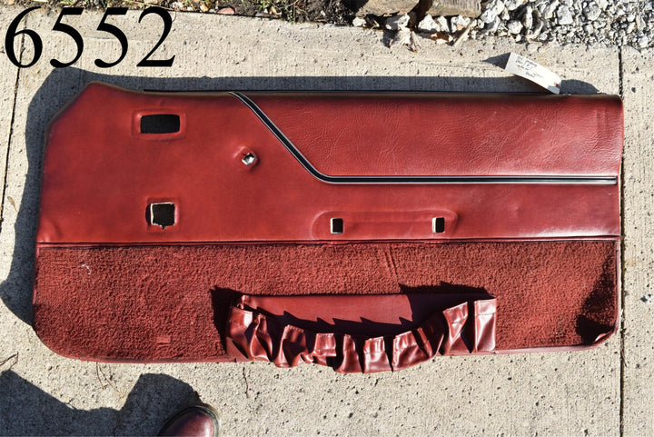1981-1986 Ford Mustang Convertible Power Window Passenger RH Door Panel Red OEM