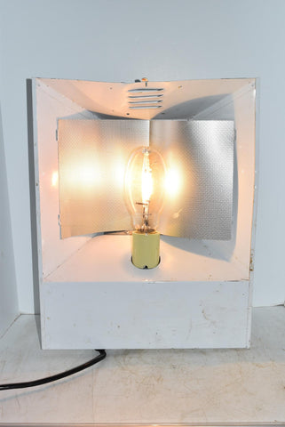 "HydroFarm 16""x20"" Halide Grow Light Hood Tested Working Comes With Bulb!"