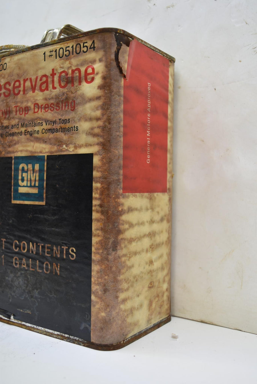 Authentic Vintage GM Preservatone Vinyl Top Dressing Man Cave NOS FULL CAN Decor