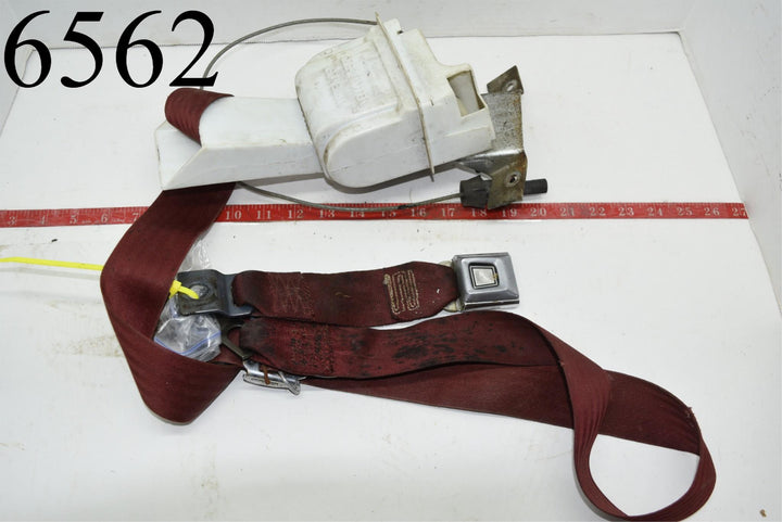 1984 MUSTANG OEM PASSENGER SIDE FRONT SEAT BELT Convertible SEATBELT RETRACTOR