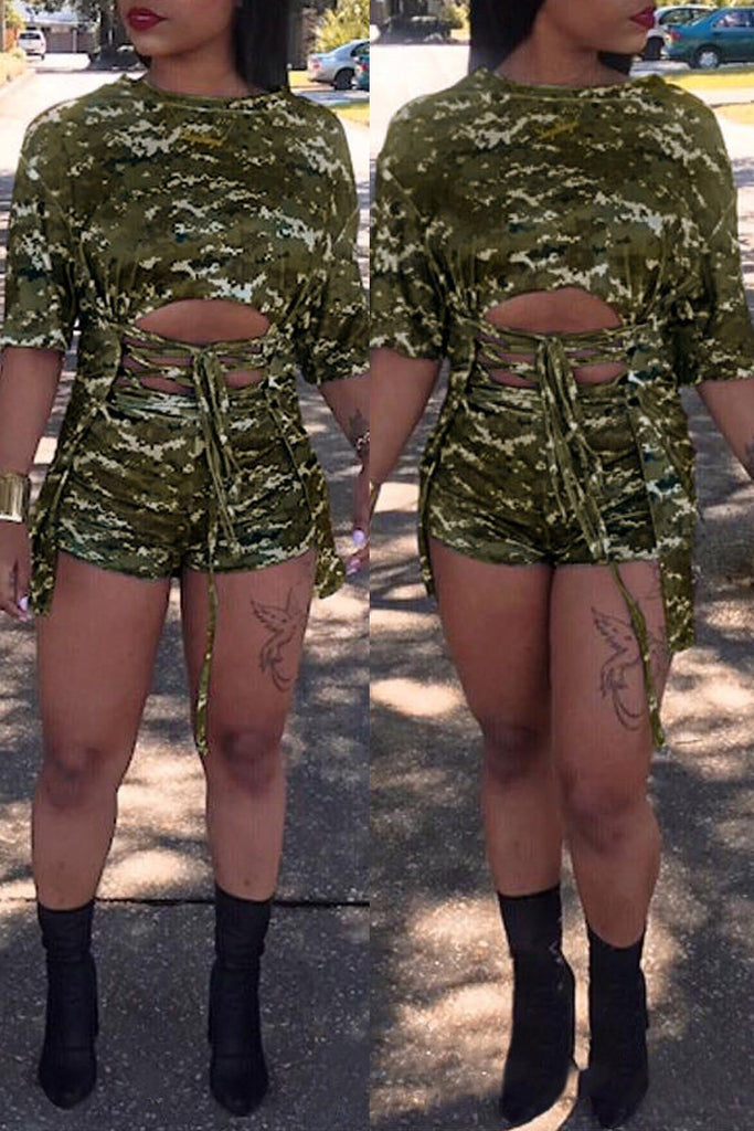 Camouflage Printed Lace-up Plus Size Top & Shorts