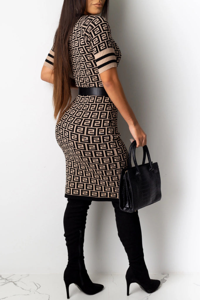 Letter Printed Short Sleeve Midi Dress Without Belt