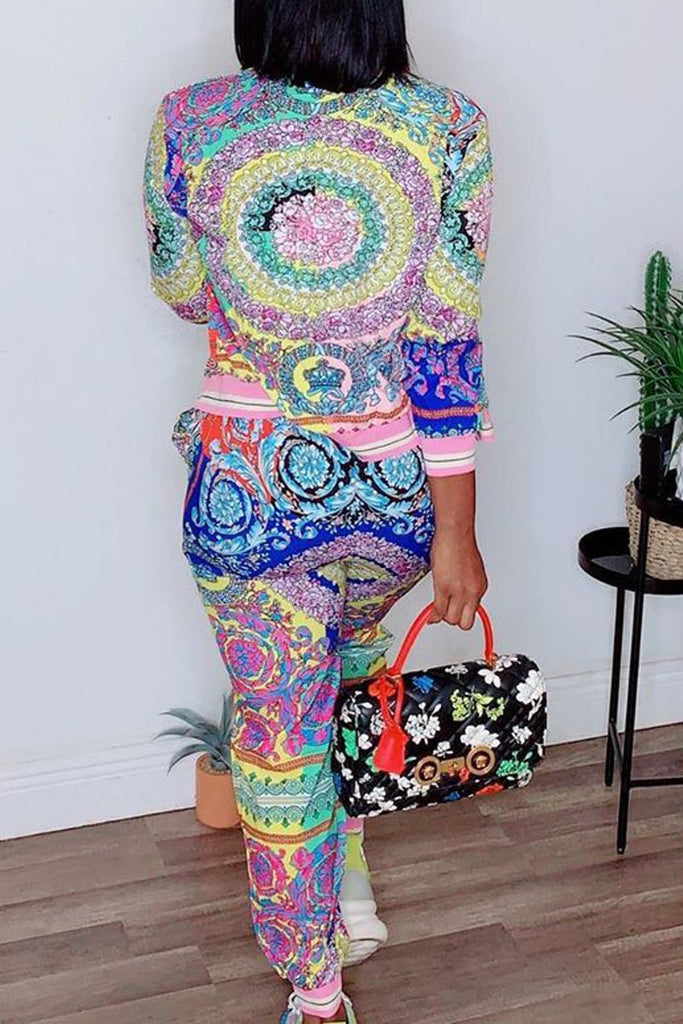 Placement Print Mixed Color Top & Pants