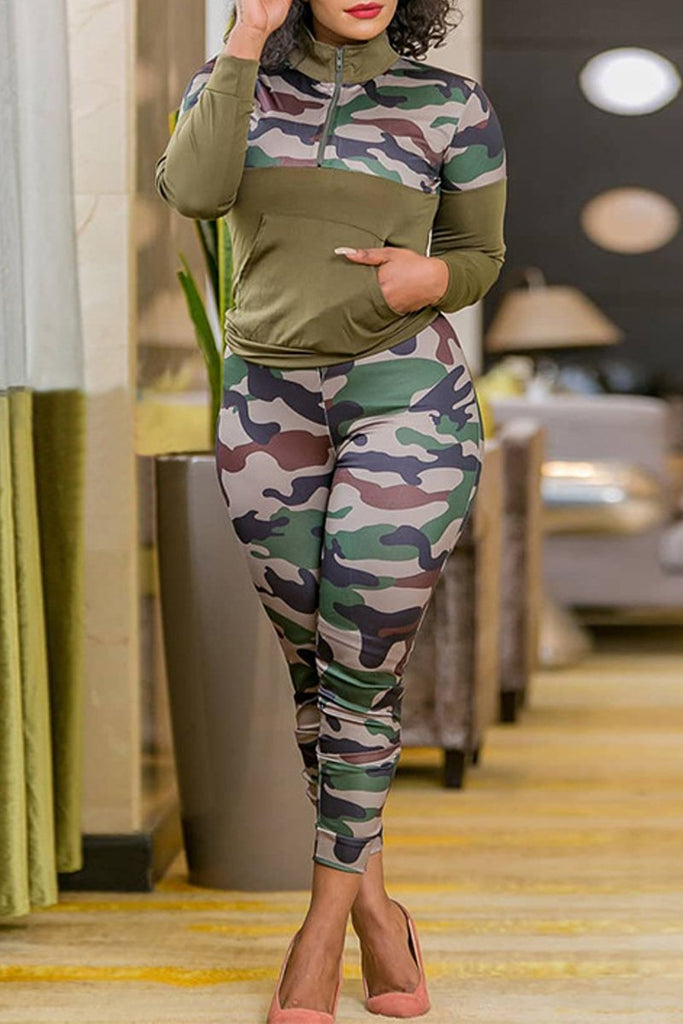Plus Size Camouflage Print Patchwork Top & Pants