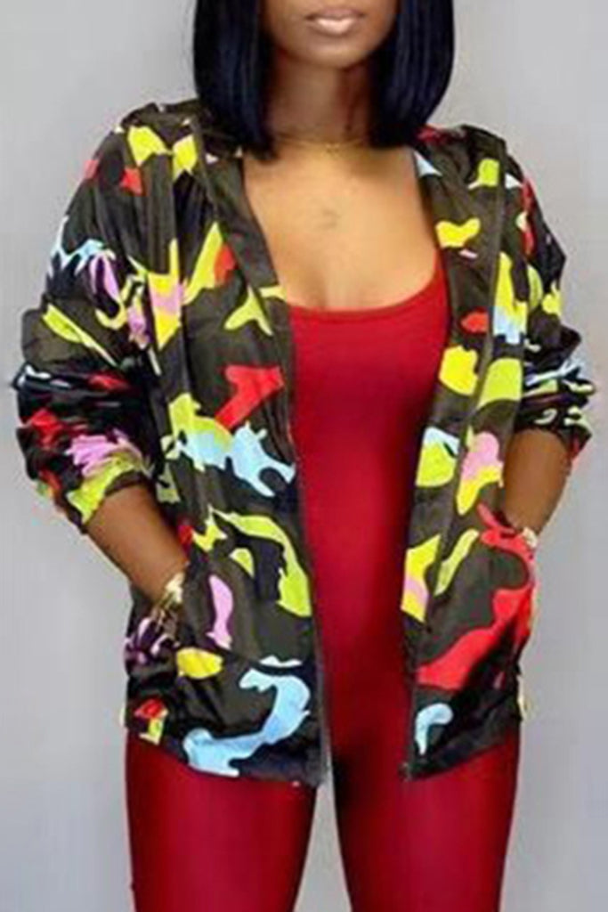 Camouflage Print Pocket Zipper Up Jacket