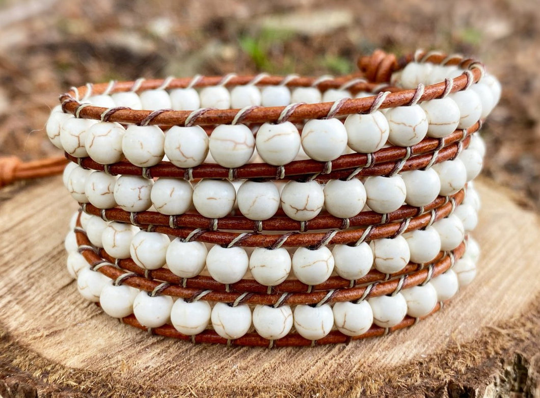 4x Wrap - White Howlite (Distressed Tan)