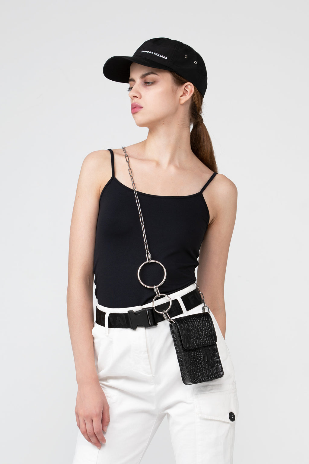 BLACK CROCODILE CROSSBODY CHAIN BAG