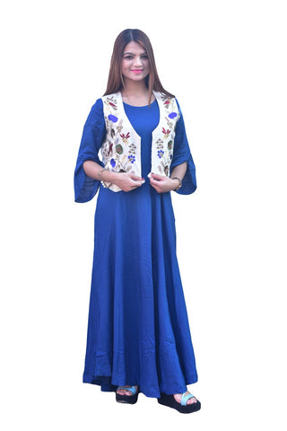 Blue kurti with Detachable jacket by Signature Kesavi