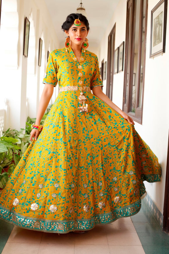 Signature Kesavi yellow long kurti