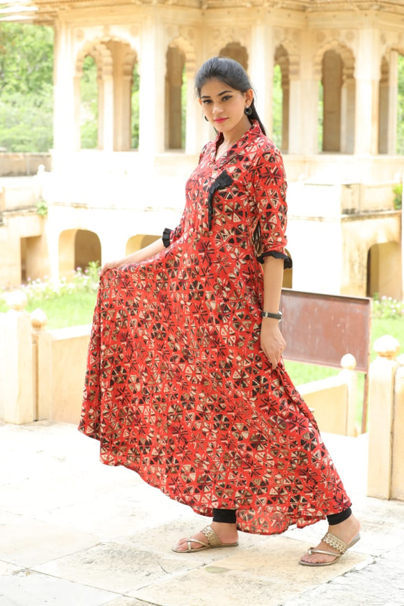 Signature Kesavi printed double layer kurti