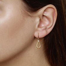 Load image into Gallery viewer, Mini Serene earring - gold