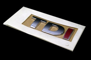 'TDI' Red 'I' Chrome Trunk Emblem