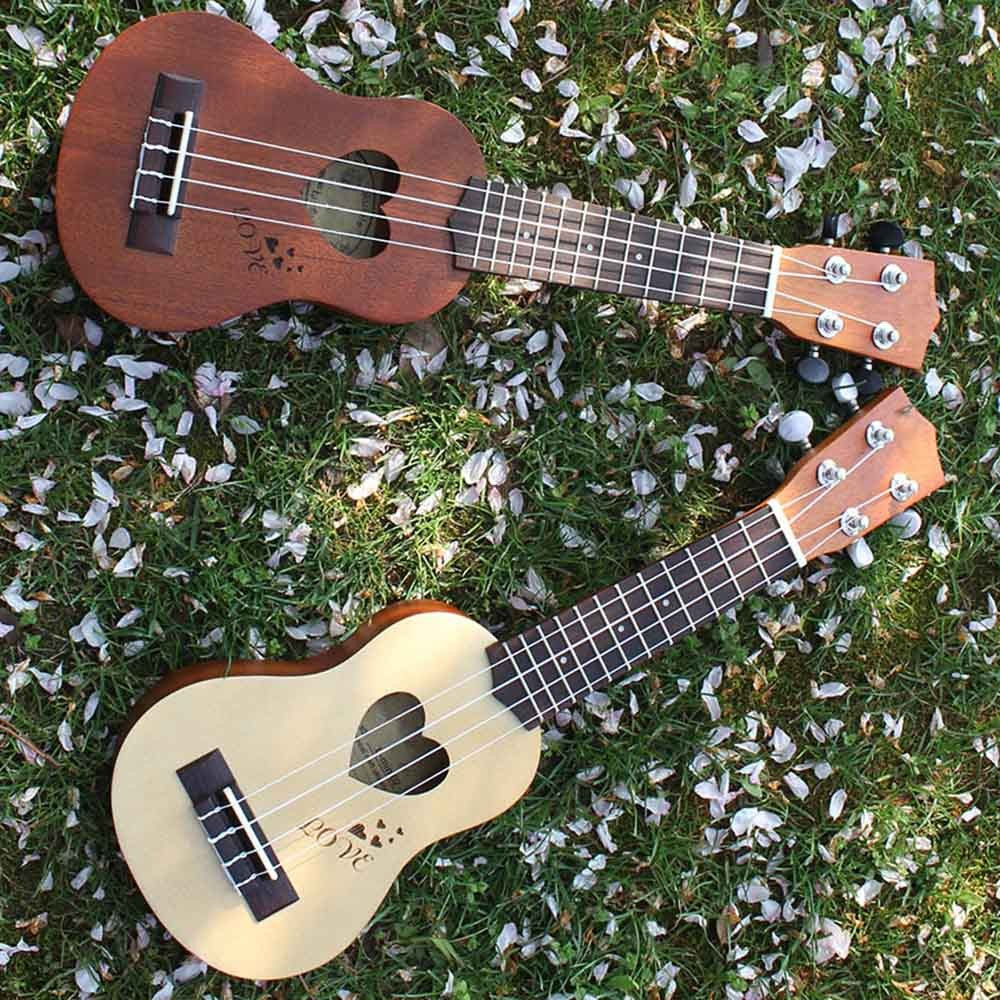"17"" Mini Ukulele 4 Strings with Gig Bag"