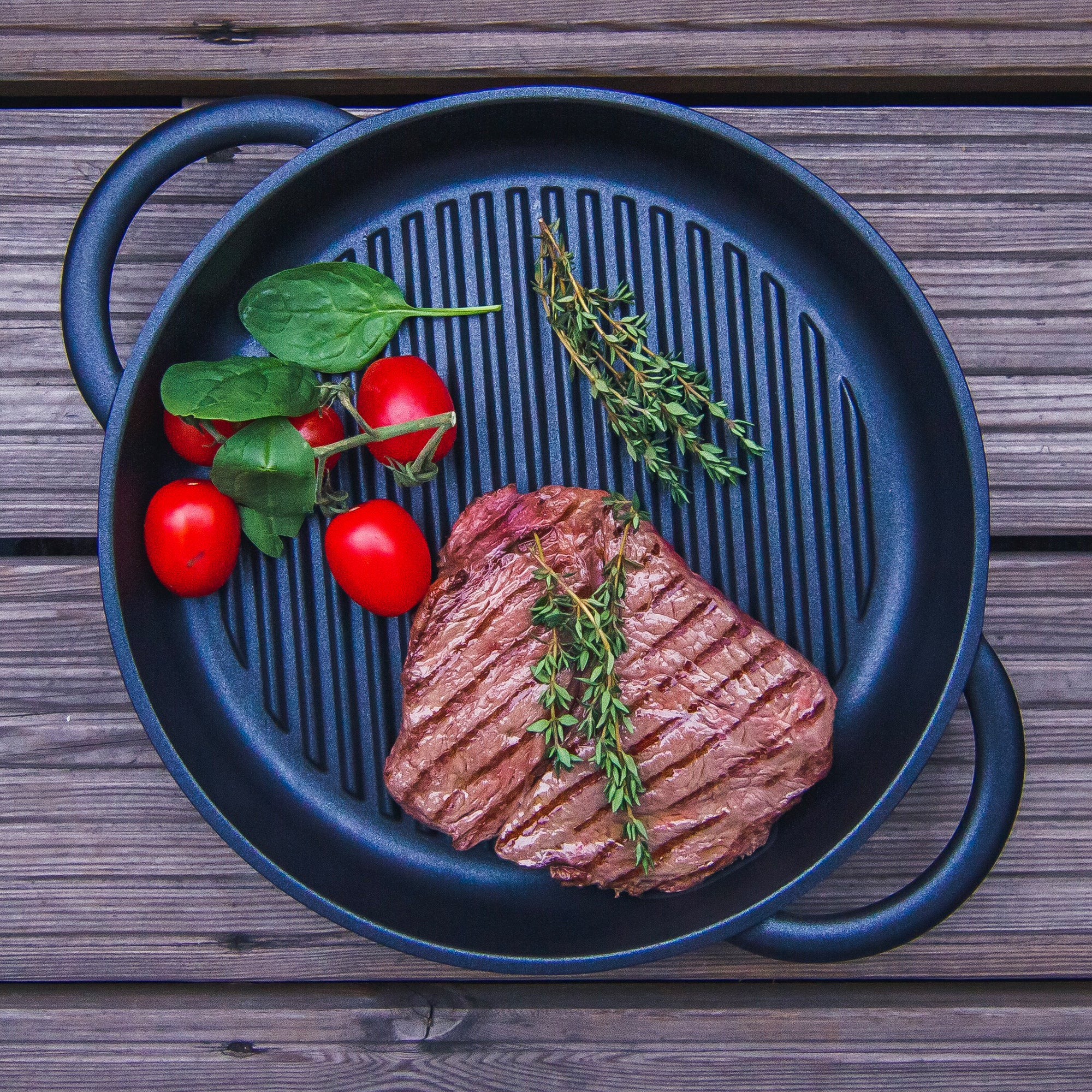 The Whatever Pan XL - Cast Aluminium Griddle Pan with Glass Lid