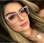 2019 Photochromic reading glasses brand legs hot sale high quality catwoman reading reading glasses with box NX