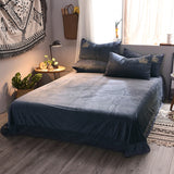 4pcs Royal Crystal Flannel The crown Bedding set Fleece Golden Embroidery Duvet for Queen and King Sizes
