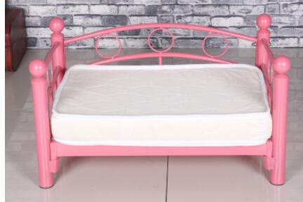 Dog kennel. Wrought iron bed. The dog bed princess bed.