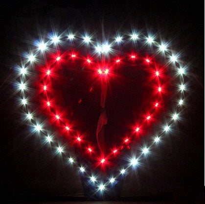 New High quality Outdoor Fun Sports LED Power Love Heart Kite With Lights Good Flying Factory Outlet