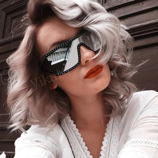 Unisex Square Italy Luxury Sunglasses For Women Brand Designer Diamond Coating Sun Glasses Black Silver Shades Fashion Goggles