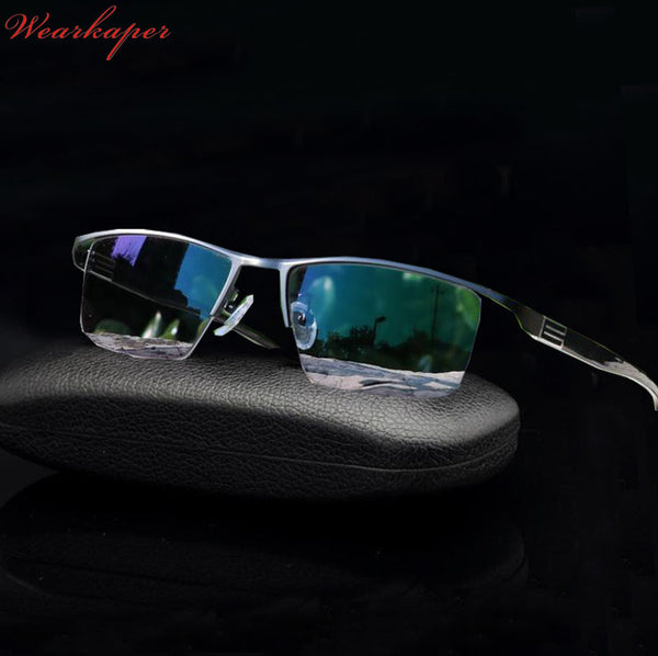 WEARKAPER New Transition Sun Readers Photochromic Reading Glasses Men Titanium alloy Frame Presbyopia Eyewear With Case